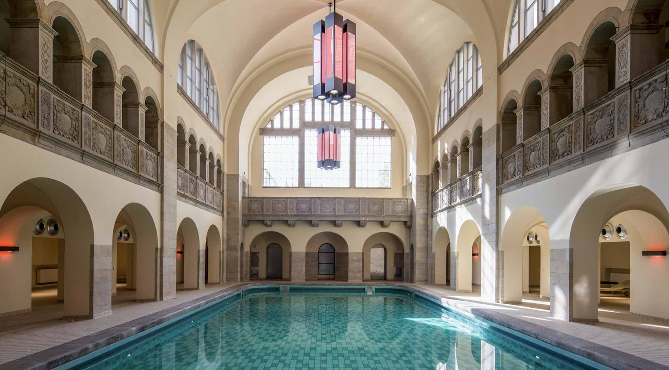 Hotel Oderberger- swimming baths