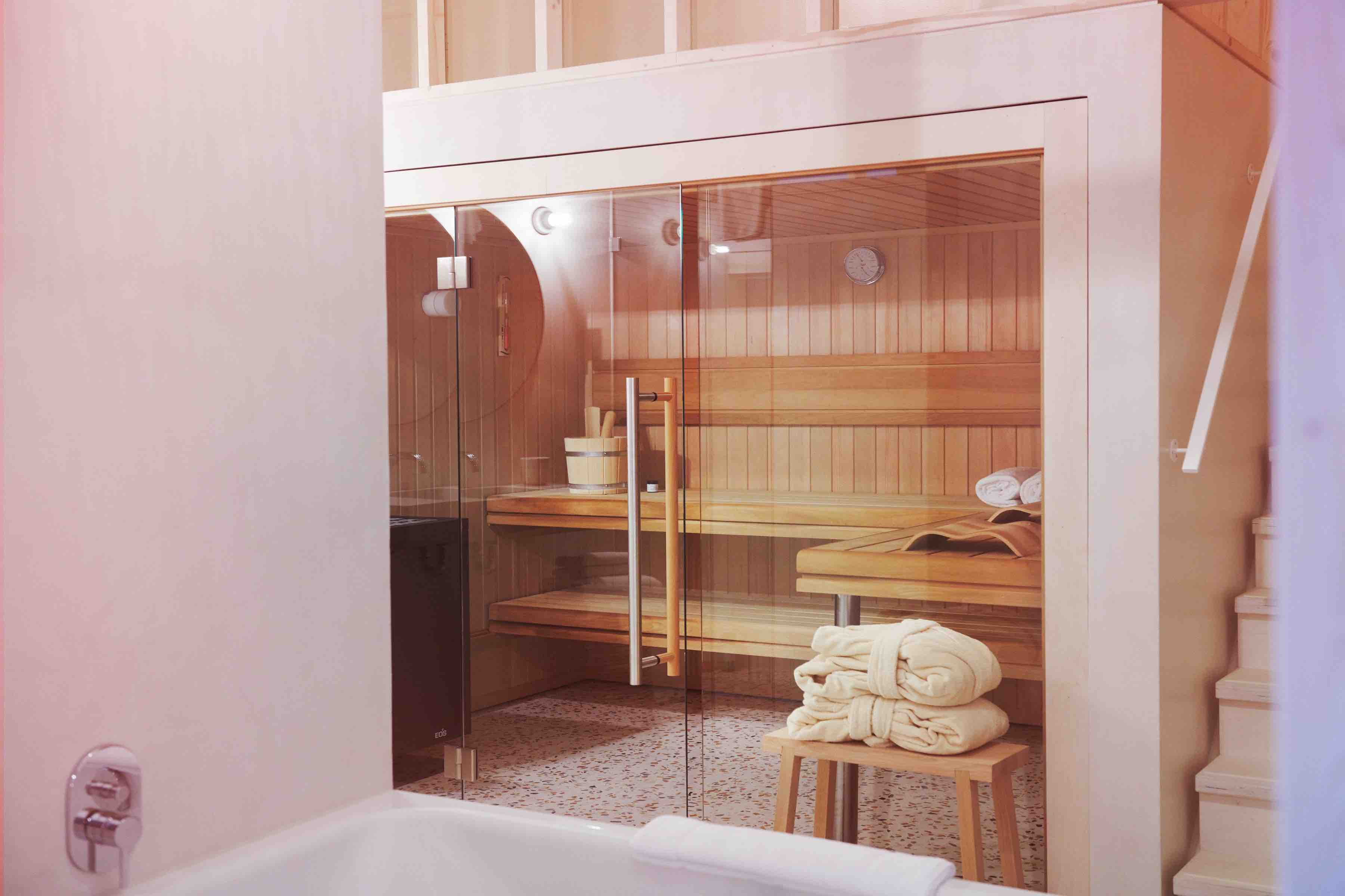 Michelberger Hotel room with built in sauna