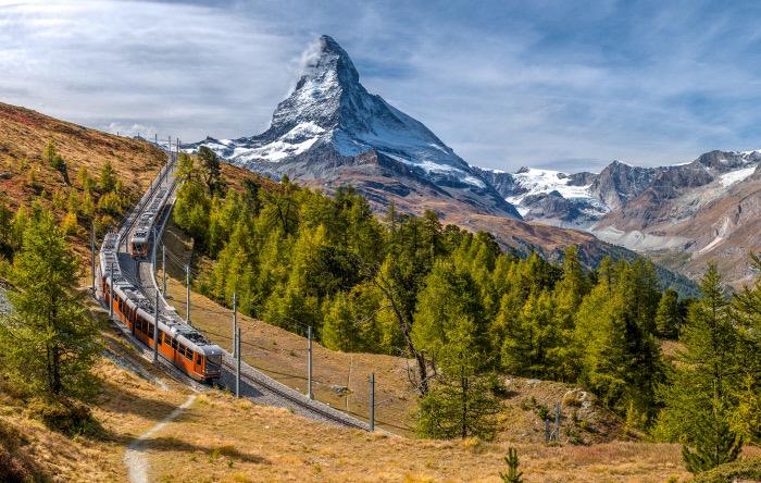 Swiss Travel System: Gornergrat Bahn mit Matterhorn, Wallis